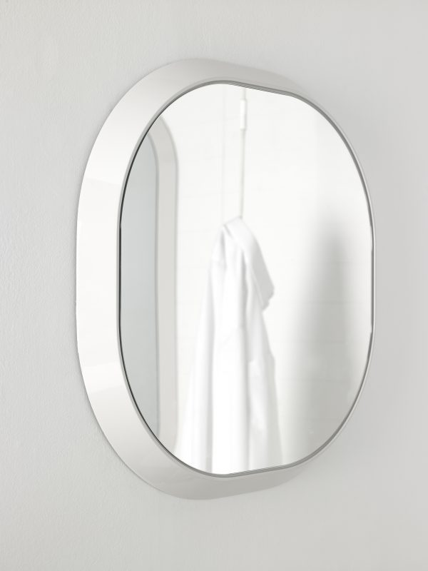 Fluent Mirror with Frame