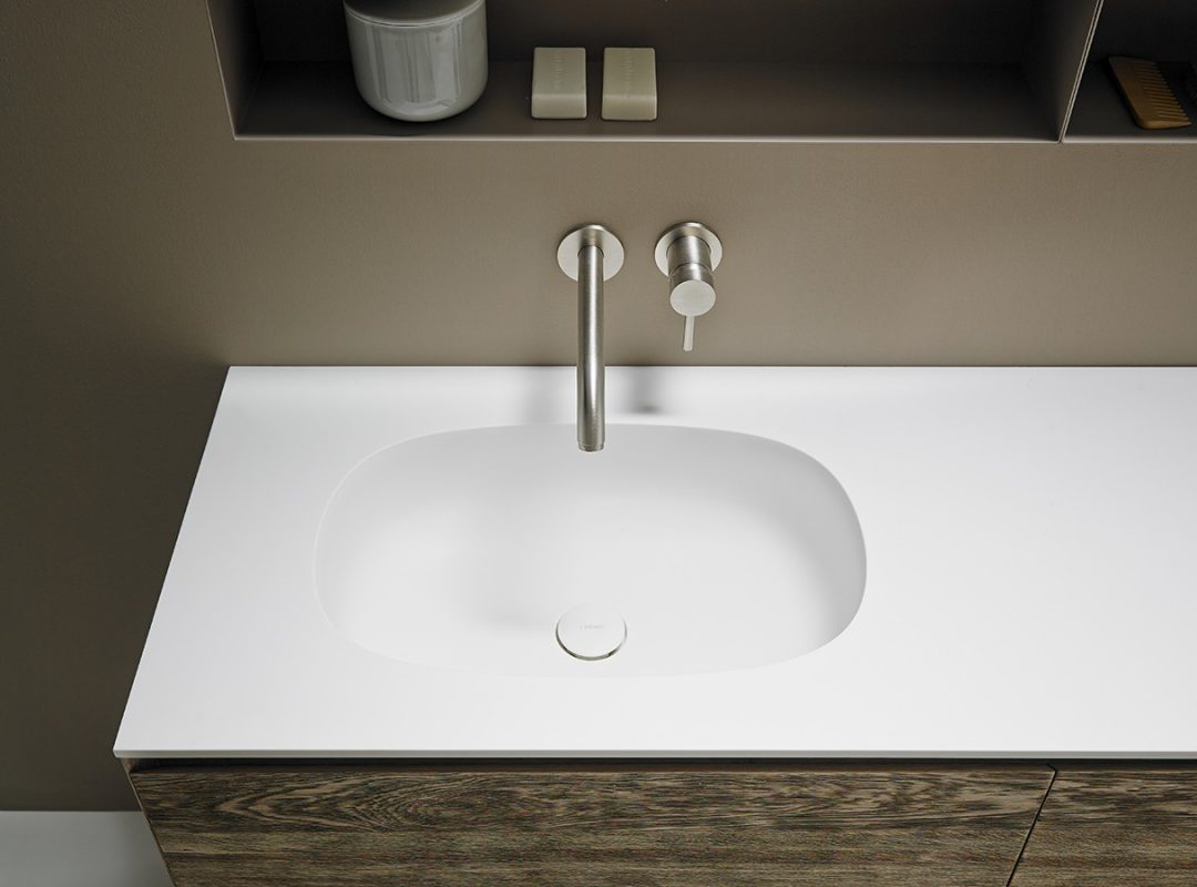 Ovalo Corian® Integrated Washbasin Worktop