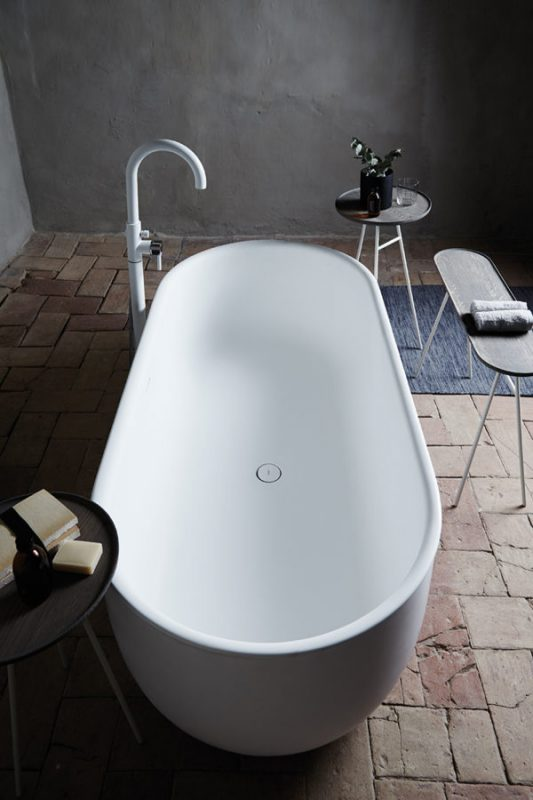 Prime Solidsurface Freestanding Bathtub