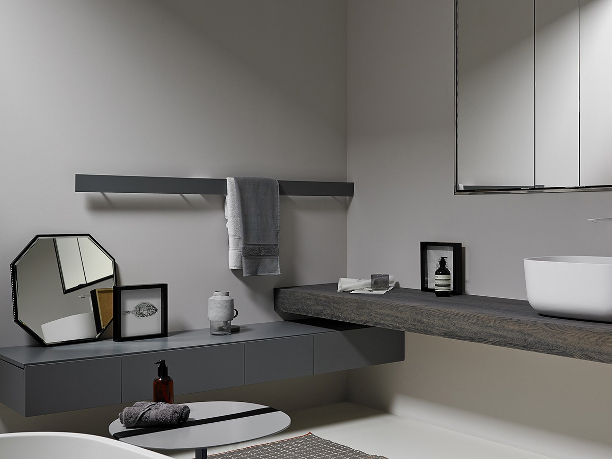 Strato Metal Wall Mounted Accessories