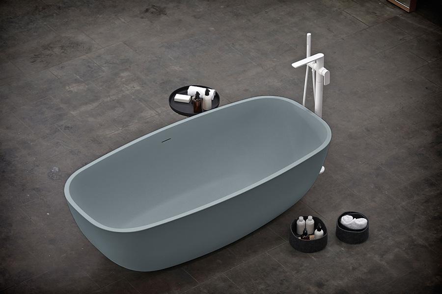 Temple-bathtub-agua