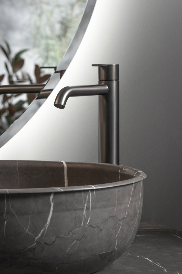 Code Brushed Graphite Top Mounted Tap