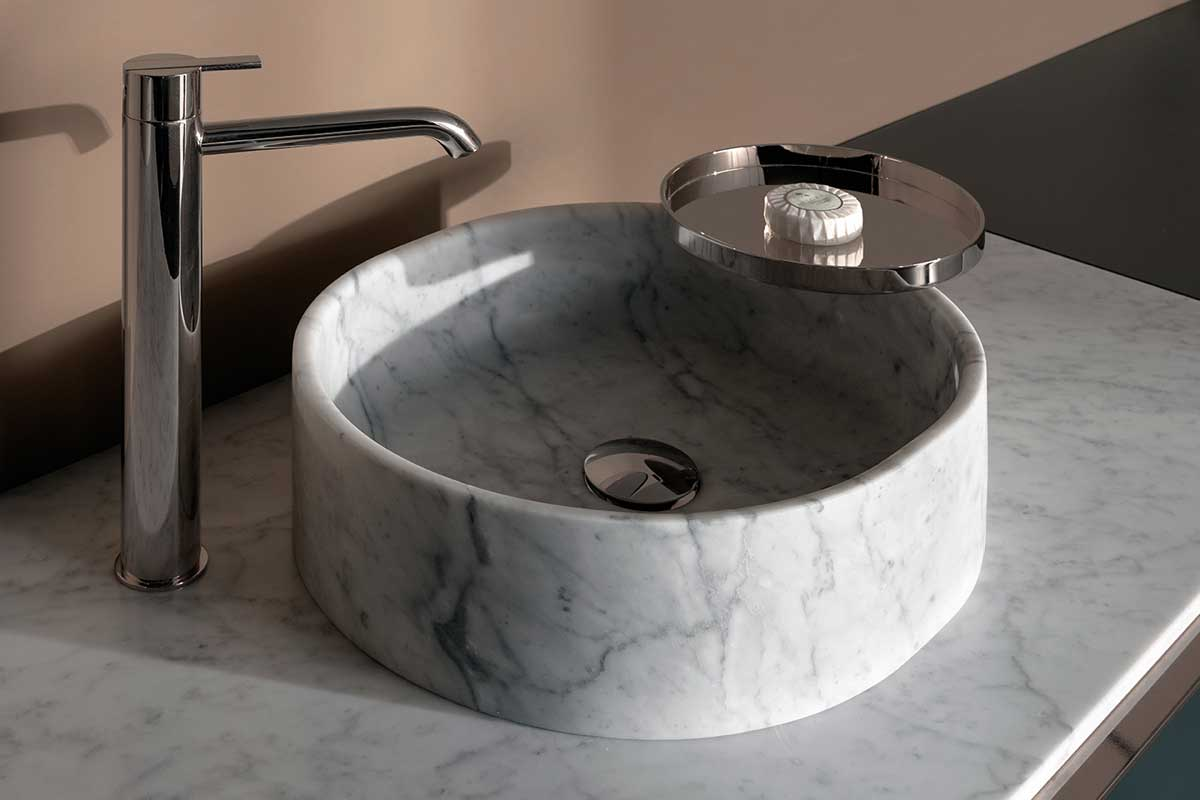 Giro Marble Wall Mounted Washbasin