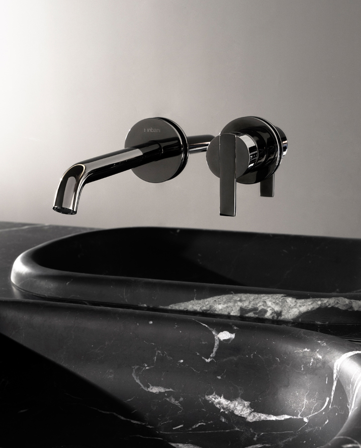 Code Black Chrome Wall Mounted Tap
