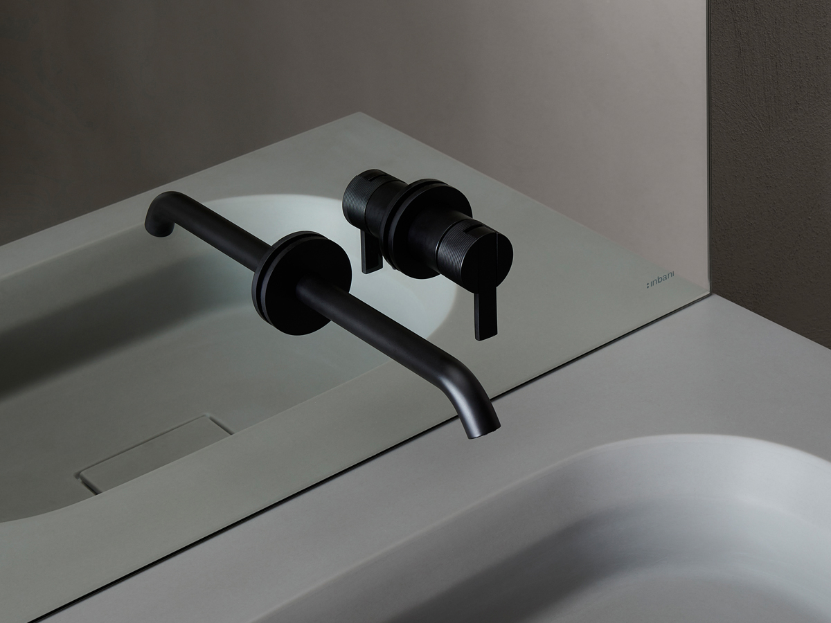 Code Black Matt Wall Mounted Tap