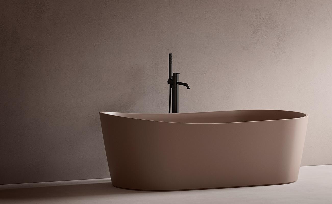 Giro USH Colour Coating bathtub