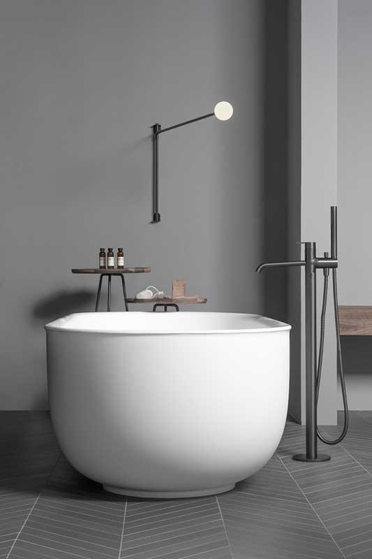 Prime Solidsurface Freestanding Bathtub