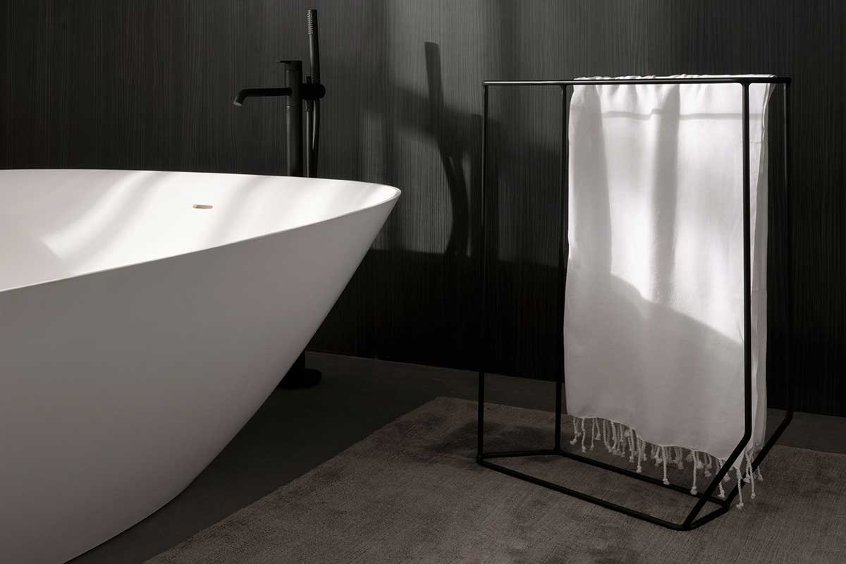 Forma Metallic Towel Rack Accesories