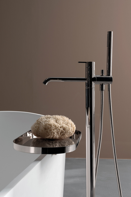 Code Glossy Chrome Freestanding Tap