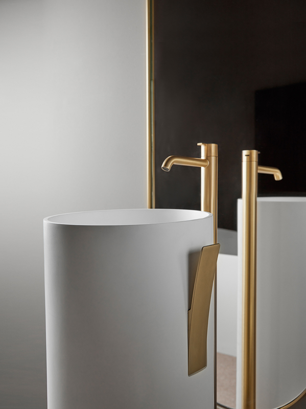 Code Brushed Gold Freestanding Tap