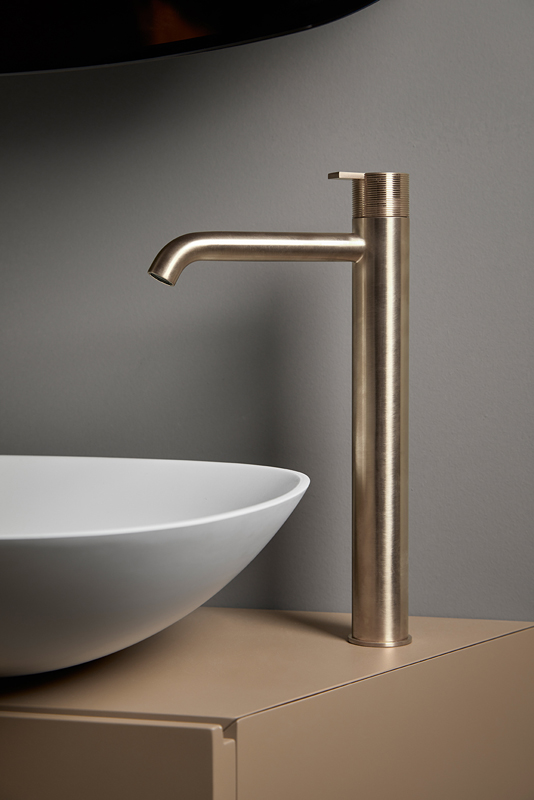 Code Brushed Gold Top Mounted Tap